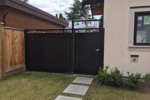 single-home-driveway-gate-1